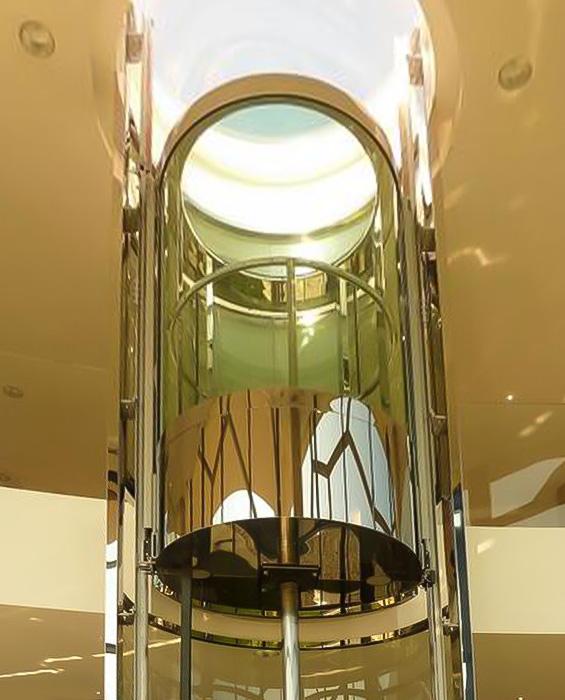 مصعد هيدروليكي